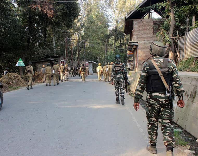 Kashmir: CISF officer killed in terrorist attack, secuirty heightened
