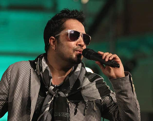 Theft At House Of Singer Mika Singh,3 Lakh stolen