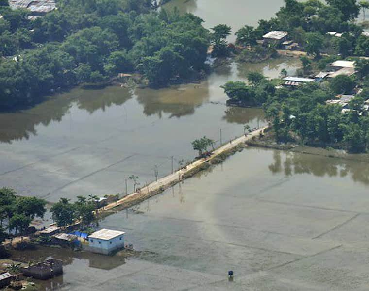 Bihar floods 4 dead 18 lakh affected 9 districts CM Nitish Kumar conducts aerial survey