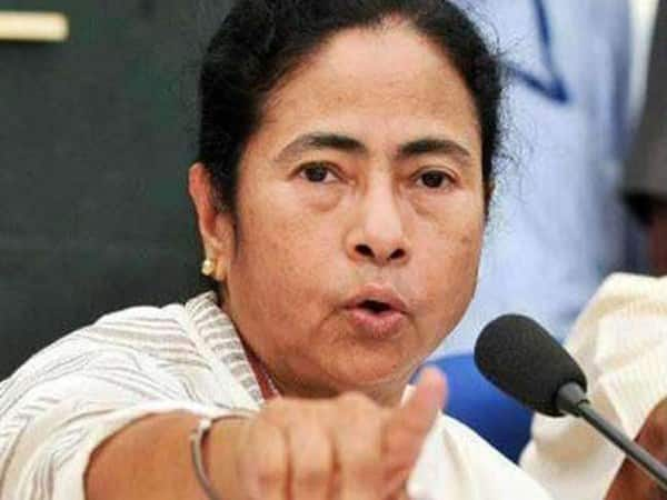 Bengal CM Mamata banerjee changed her social media profile picture