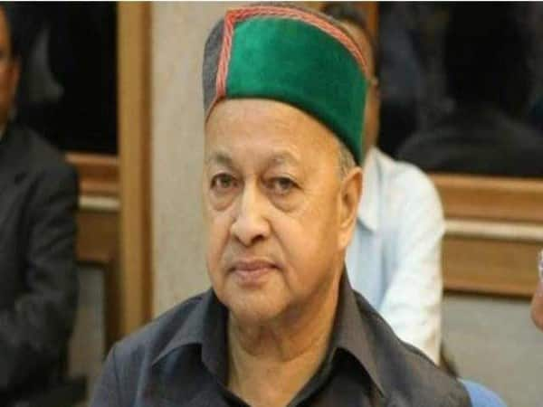 Court fixed charges again senior congress leader Veerbhadra singh