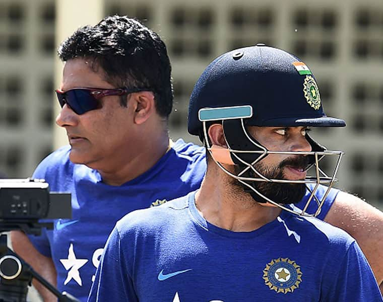 kumble is only person who agrees with kohli opinion about rest for indian pacers in ipl ahead of world cup