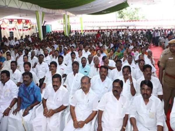 No gave present in family function of sellur raju