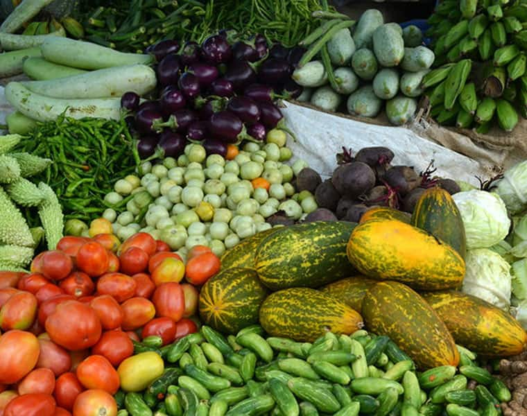 Prices of greens and vegetables  shoot up