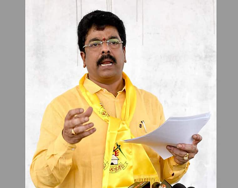 TDP leader bonda Uma serious comments on Ysrcp lns