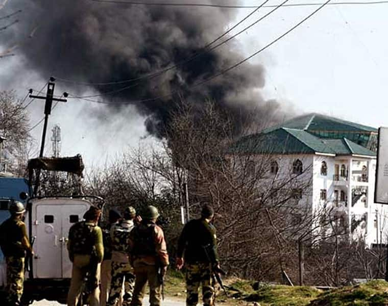 Army Action Continues for Militants in Pampore