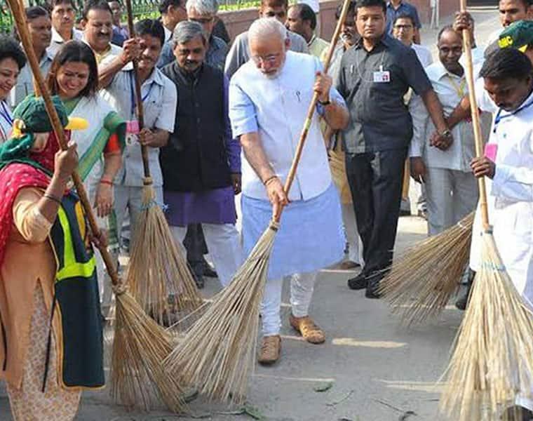 Mann Ki Baat India will be open defecation-free October 2019 Modi