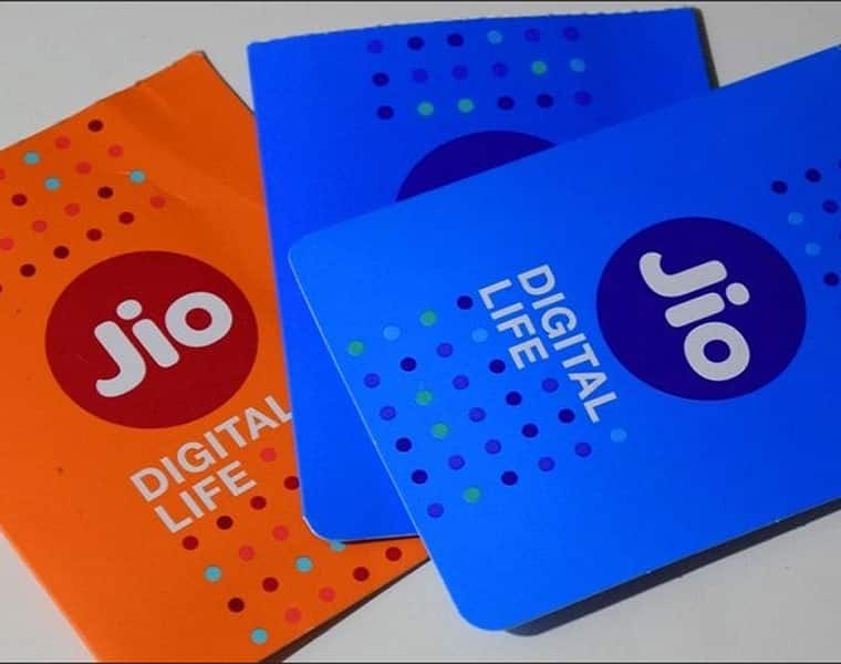 TRAI report call drops Reliance Jio best highways railway routes