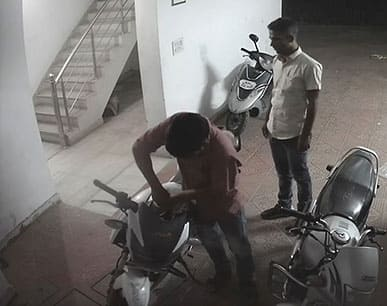 hyderabad taskforce police arrested a theif gang who stealing vehicles - bsb