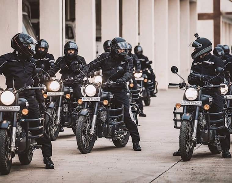 Royal Enfield Stealth Black Classic 500 sold out in 15 seconds