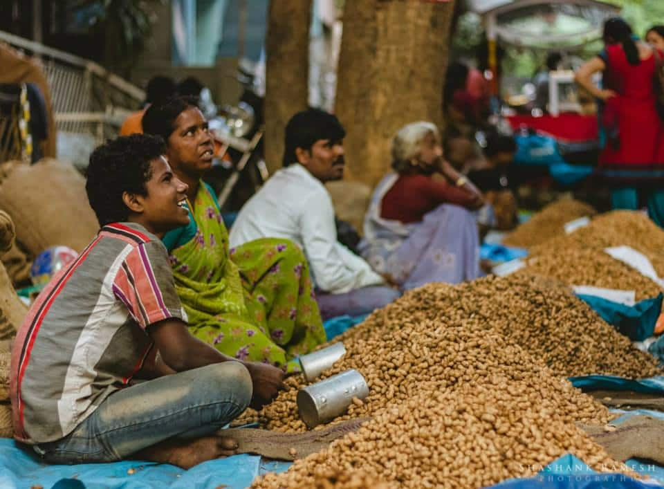 basavanagudi kadalekayi parishe annual groundnut fair nutty affair bull temple road basavanagudi groundnut vendors variety of groundnuts basava temple dodda ganapathi temple bengaluru history