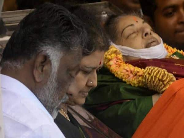 The central government should order the interrogation investigations into Jayalalithaa's death mystery