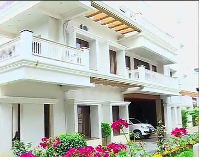 Cbi raids congress leader dk shivkumar s 15 premises bsm