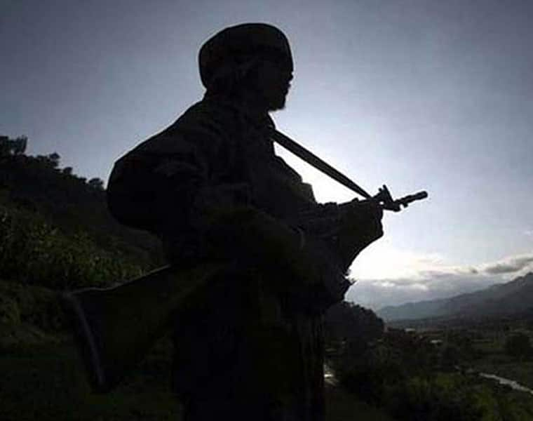 Pakistan violate ceasefire LoC 8th time 3 days Army major injured