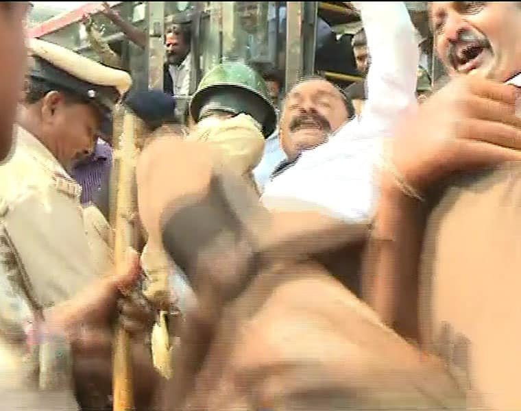 several persons arrested for protesting against tipu jayanti celebrations