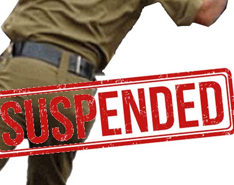 Traffic SI suspended for sending obscene video to women in veluru