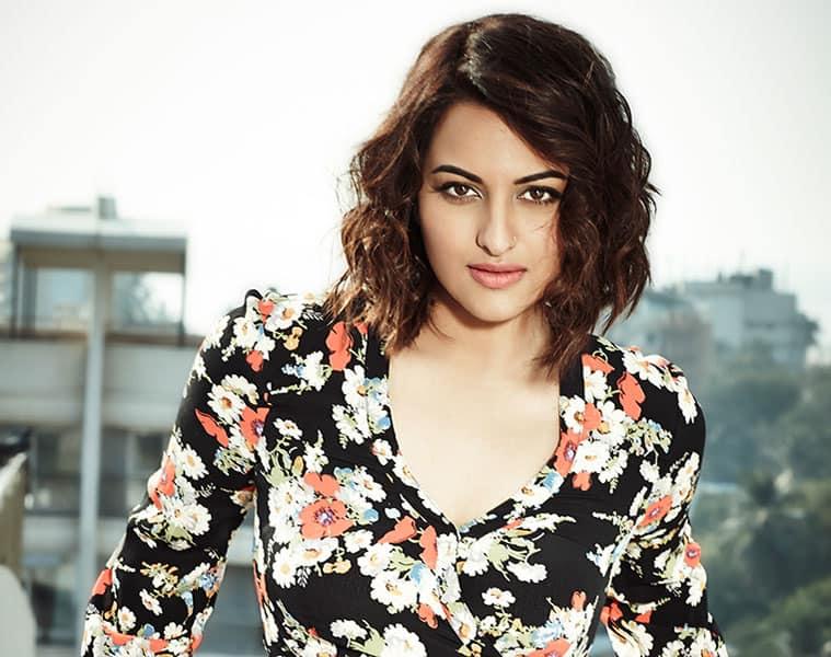 FIR filed against bollywood actress sonakshi sinha
