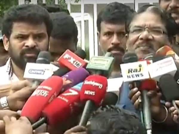 fight in director union election