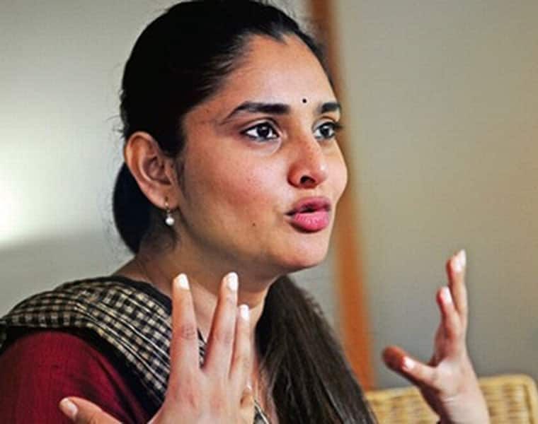 Ramya fails to turn up to vote for Mandya local body elections