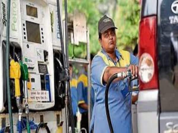 Petrol Price Fall Rs 70 Mark in Delhi and Other Cities
