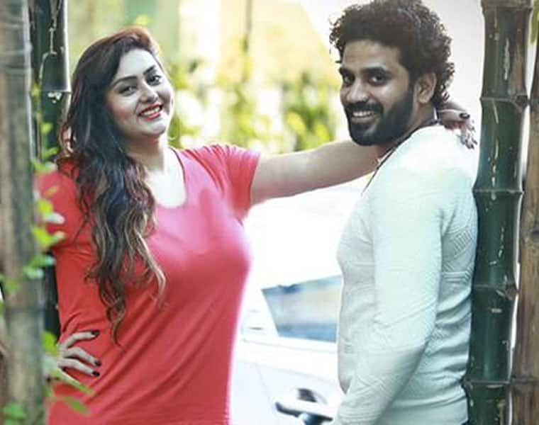 veera choose the two actress for nameetha pair