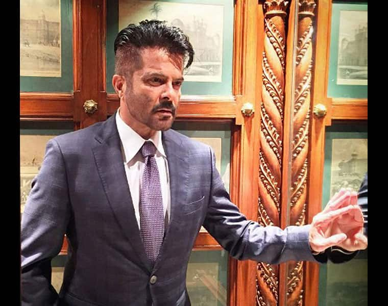 ANIL KAPOOR SUFFERING FROM SHOULDER PAIN, FLY TO GERMANY FOR TREATMENT SOON