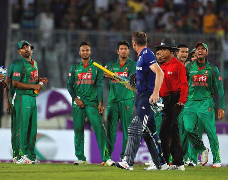 Bangladesh and England players fight
