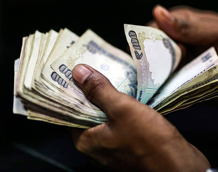Rupee plunges to new low of 74.27 after brent crude breaches $84 mark