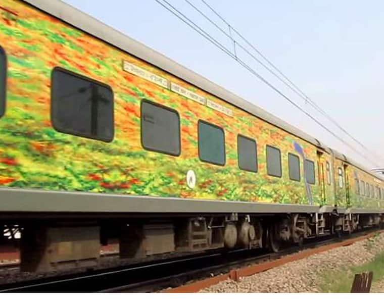 Train robbery Passengers unguarded  dacoits loot AC Duronto Express