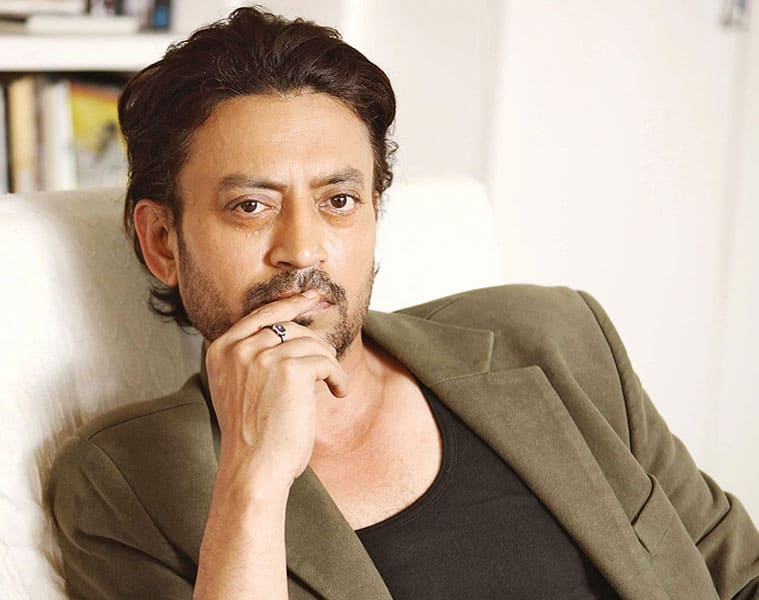 Watch: Irrfan Khan shares fun time with his female fans in Udaipur