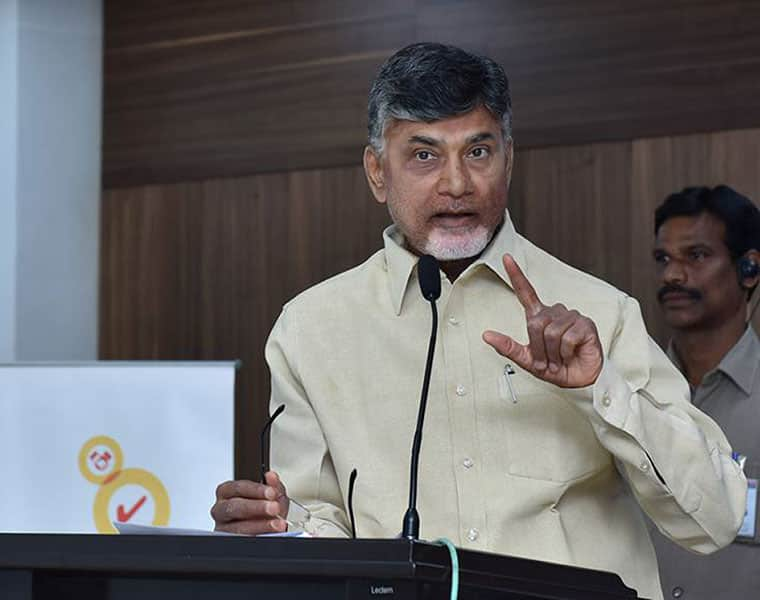 Close confidents ditching ys jagan and defecting in to tdp