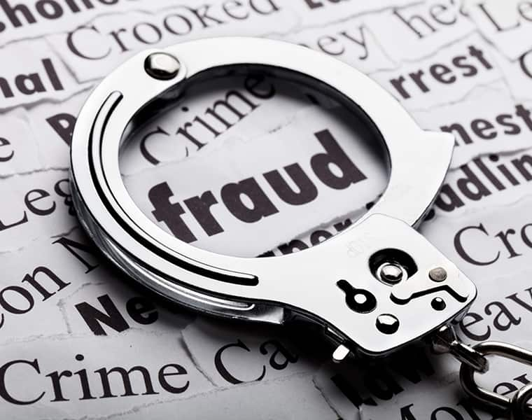 Nigerian arrested for fraud with people