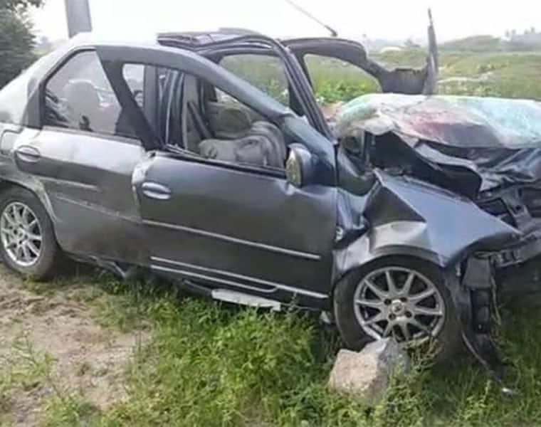 ycp leader vidyasagar reddy dies road accident