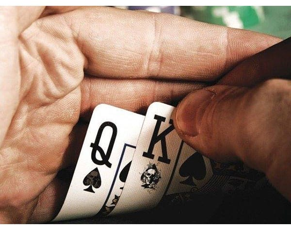 Police arrested in gambling case in chennai