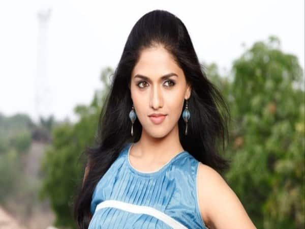 actress sunaina about first crush in cinema industry