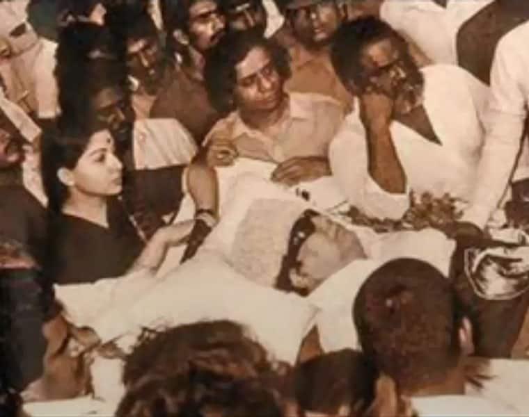 MGR Jayalalithaa humiliated politics