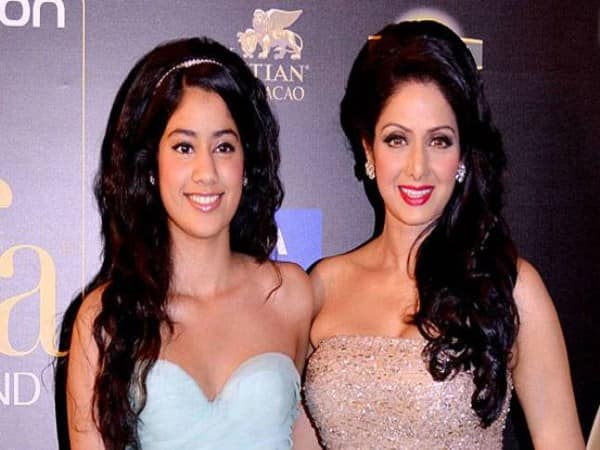 Mother day 2019 janhvi kapoor remembers sridevi posts throwback picture emotional message