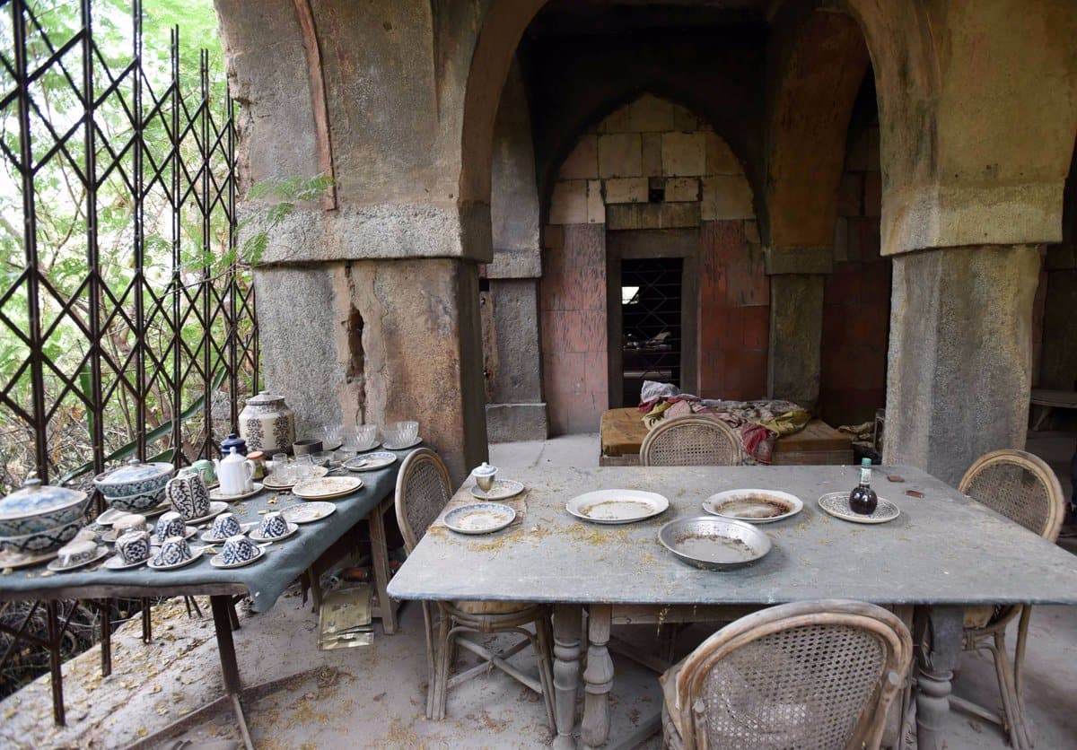 The Forgotten royal Awadh prince dies a pauper in a ruined hunting lodge in Delhi