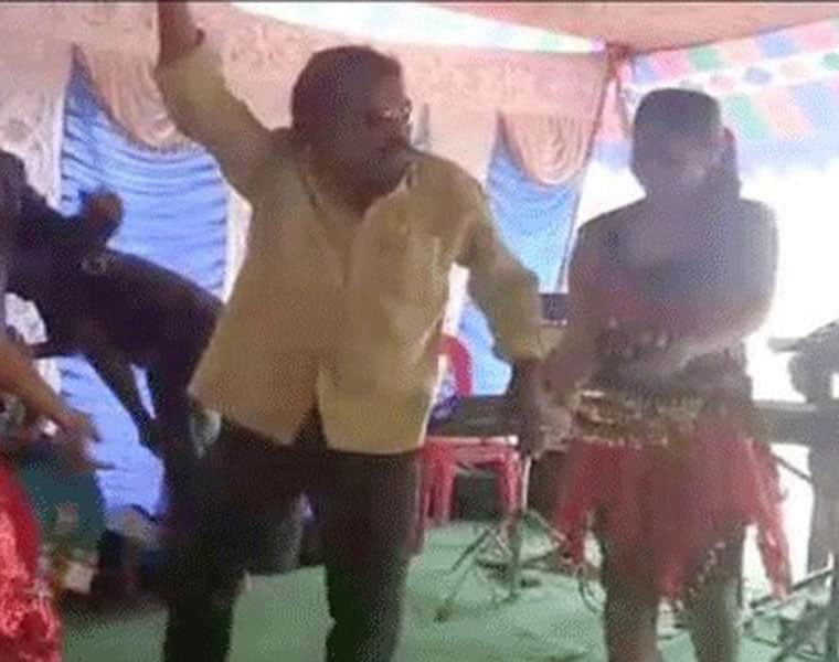 TDP Leaders Recording Dance With Girls