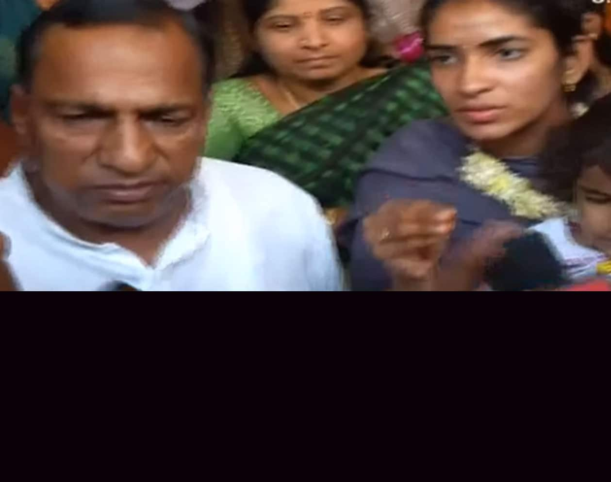 TRS MP Mallareddy pitches in to settle  the dispute between Sangeetha and husband