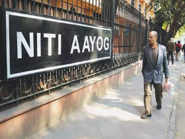 NITI Aayog vice chairman Confident India economic growth 8 percent by 201021