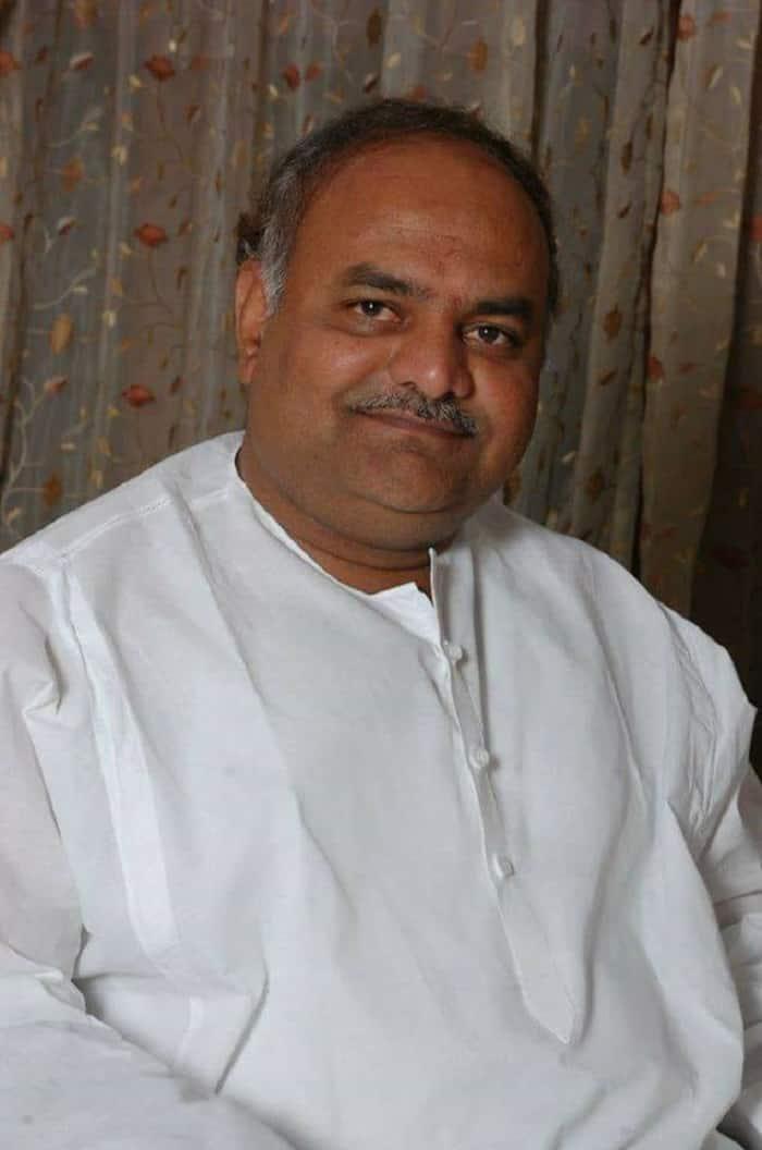 Congress Leader Shivanand patil slams Rebel MLAs