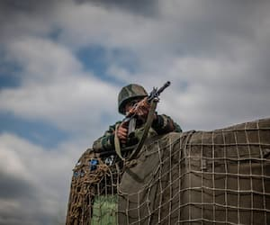 Special Forces surround terrorists in Anantnag; another encounter underway in Keran sector, LoC