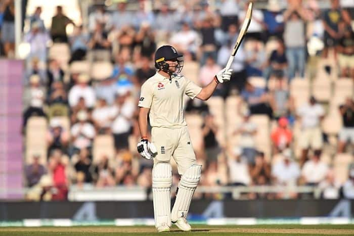 buttler and joe root scored half century in first innings of ashes last test