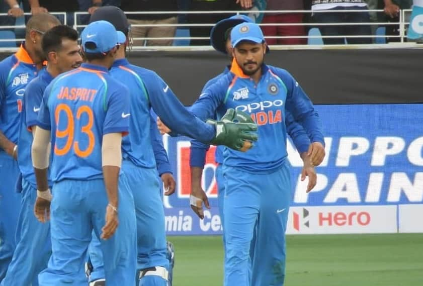 India vs Pakistan Asia cup 2018 Manish Pandey Takes a Stunning Catch video