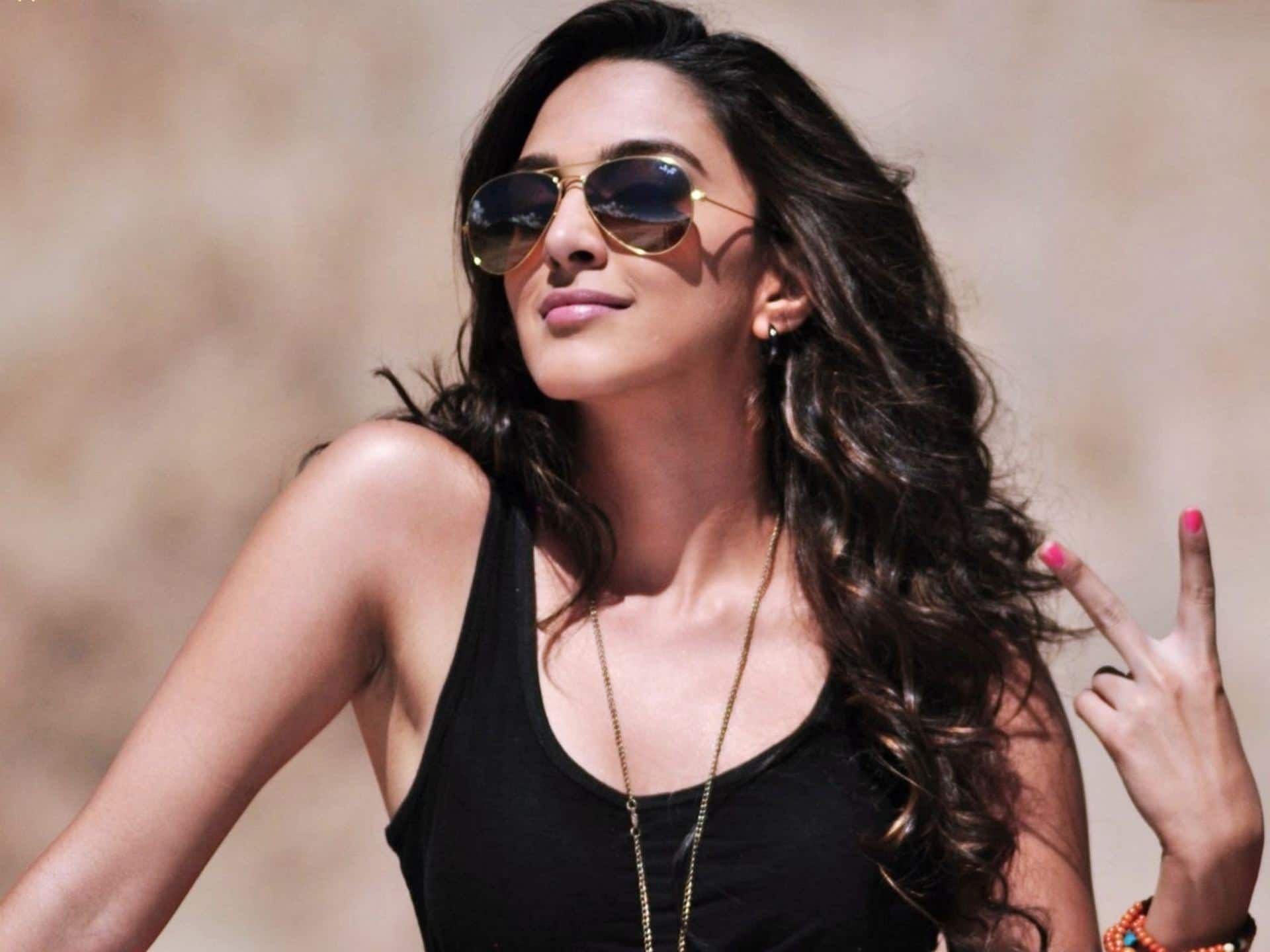 Kiara Advani celebrity cosmetologist Dr Monica Kapoor celebrity surgeon