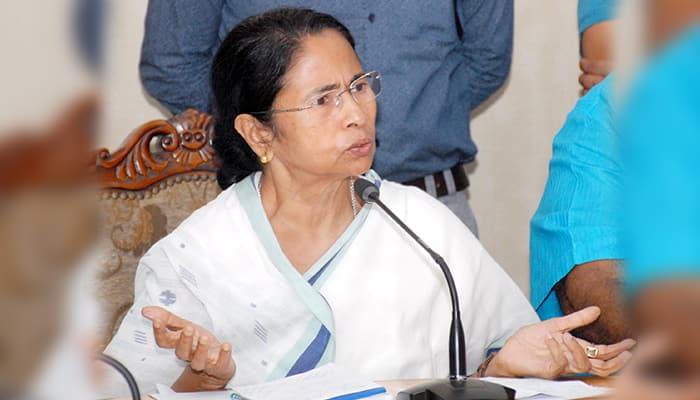 Mamata Banerjee surrenders before junior doctors