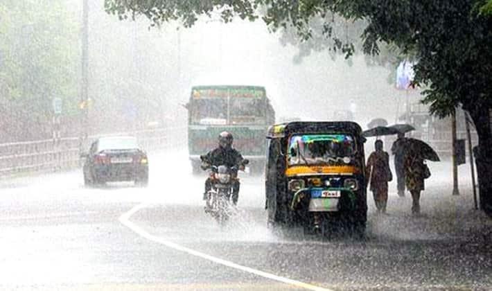 heavy rain in kerala three districts yellow alert