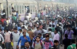 Workers From UP Bihar Leave Gujarat