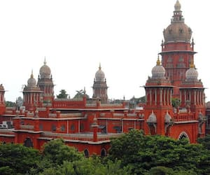 chennai high court questioned bar council for lawyers mistake